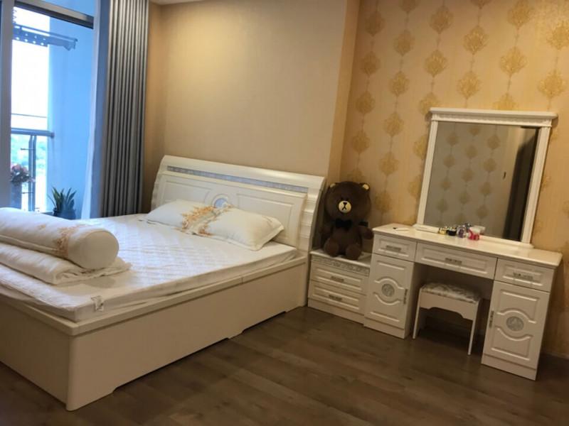 Bán căn hộ 3 phòng ngủ Vinhomes Central Park toà Park full nội thất giá 9 tỷ , bao thuế phí
