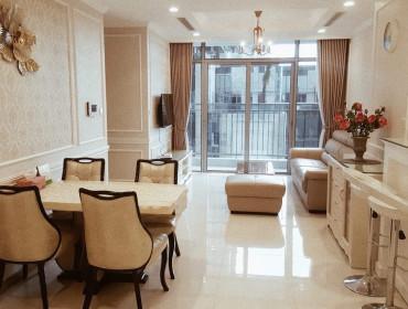 Cho thuê căn hộ Vinhomes Central Park 2 phòng ngủ toà Lanmark Plus nội thất giá 1000$ bao phí