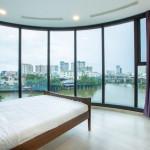 3 Bedroom Apartment For Rent Vinhome Golden River Full Furniture 2000$