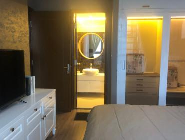 Bán căn hộ Vinhomes Central Park 2 phòng ngủ  toà Landmark full nội thất giá 6 tỷ, bao phí