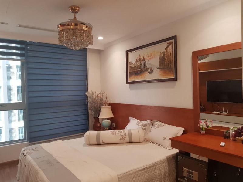 Bán căn hộ Vinhomes Central Park 2 phòng ngủ toà Landmark 6 Quận Bình Thạnh