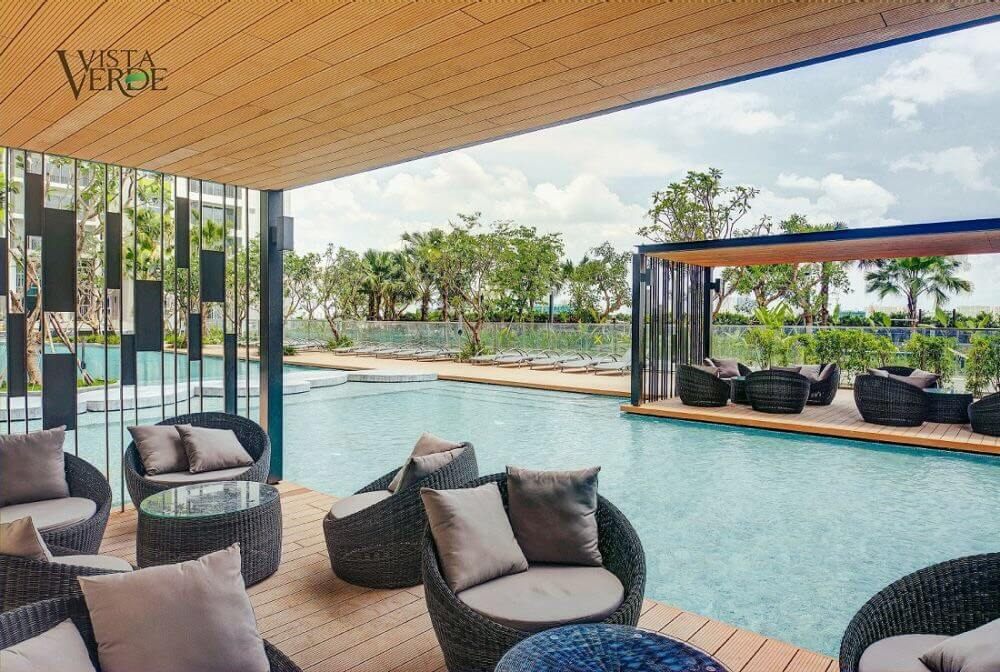 Hồ bơi căn hộ Vista Verde Quận 2