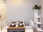 Cho Thuê Căn Hộ Vinhomes Golden River Quận 1, 1 Phòng Ngủ Đầy Đủ Nội Thất Giá 1000$