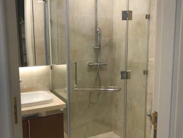 Cho Thuê Căn Hộ Vinhomes Ba Son 2 Phòng Ngủ Đầy Đủ Nội Thất Toà Lux 6 - Giá Thuê 1300 USD